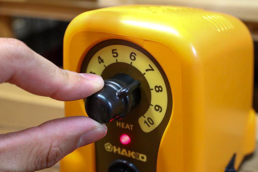ハッコー(HAKKO)マイペンアルファ(my pen alpha)電熱ペンの温度調整