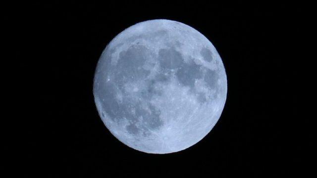 中秋の名月トリミング画像1