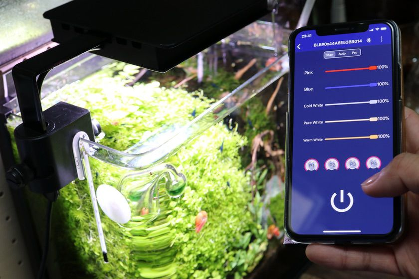 FLUVAL PLANT NANO とスマートフォン